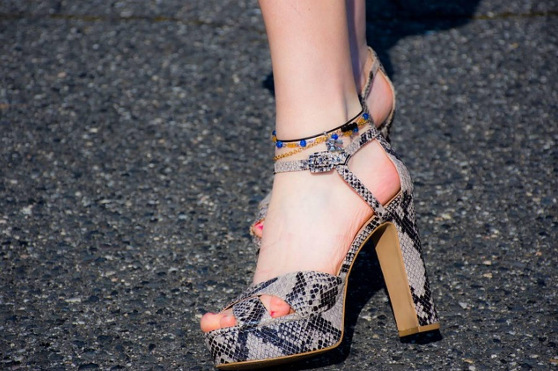 uwierające buty