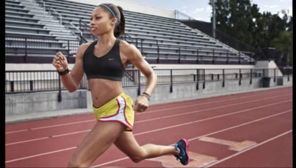 Nike Tempo Shorts – Wygodne i kobiece szorty do biegania