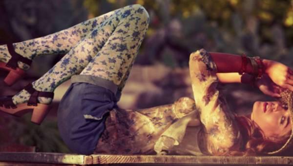 Mgliste wspomnienie – lookbook Calzedonia wiosna lato 2011 (15 zdjęć)