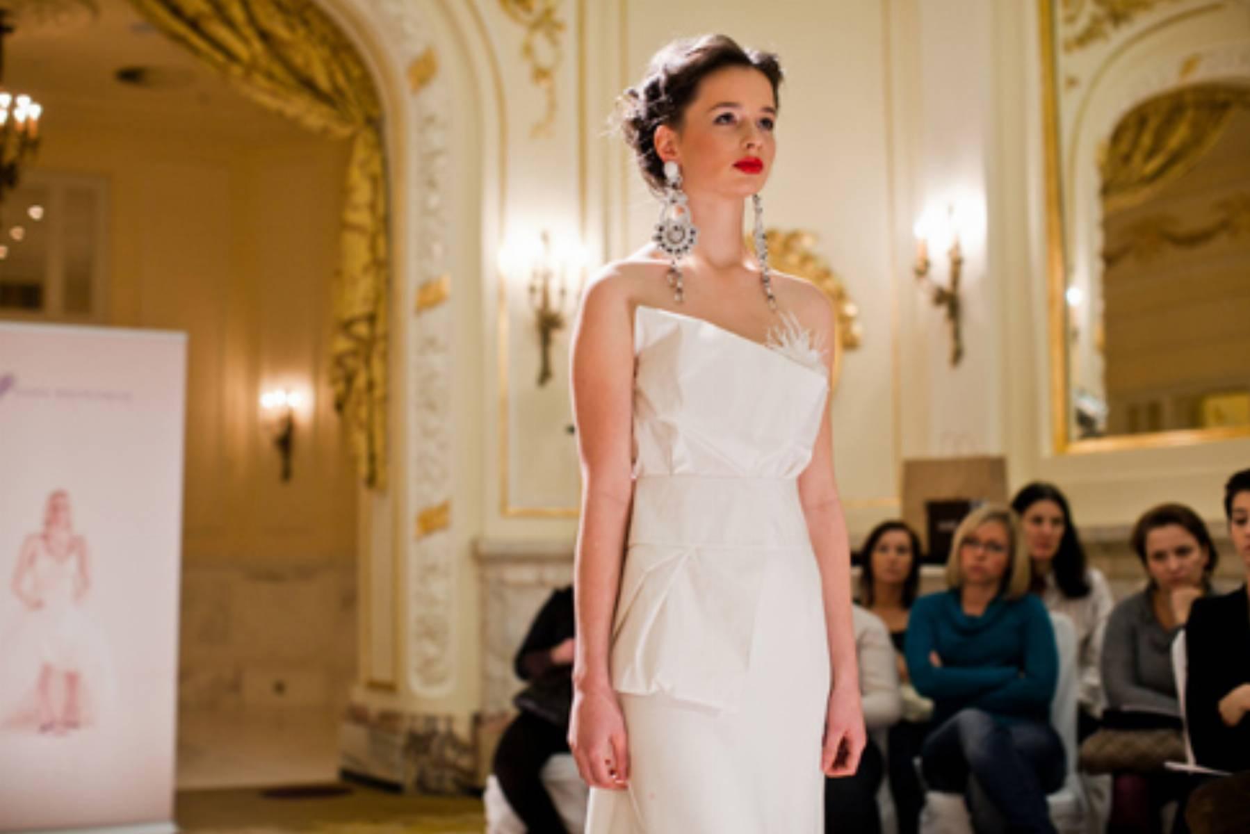 Agata_Wojtkiewcz_Suknie ślubne 2012