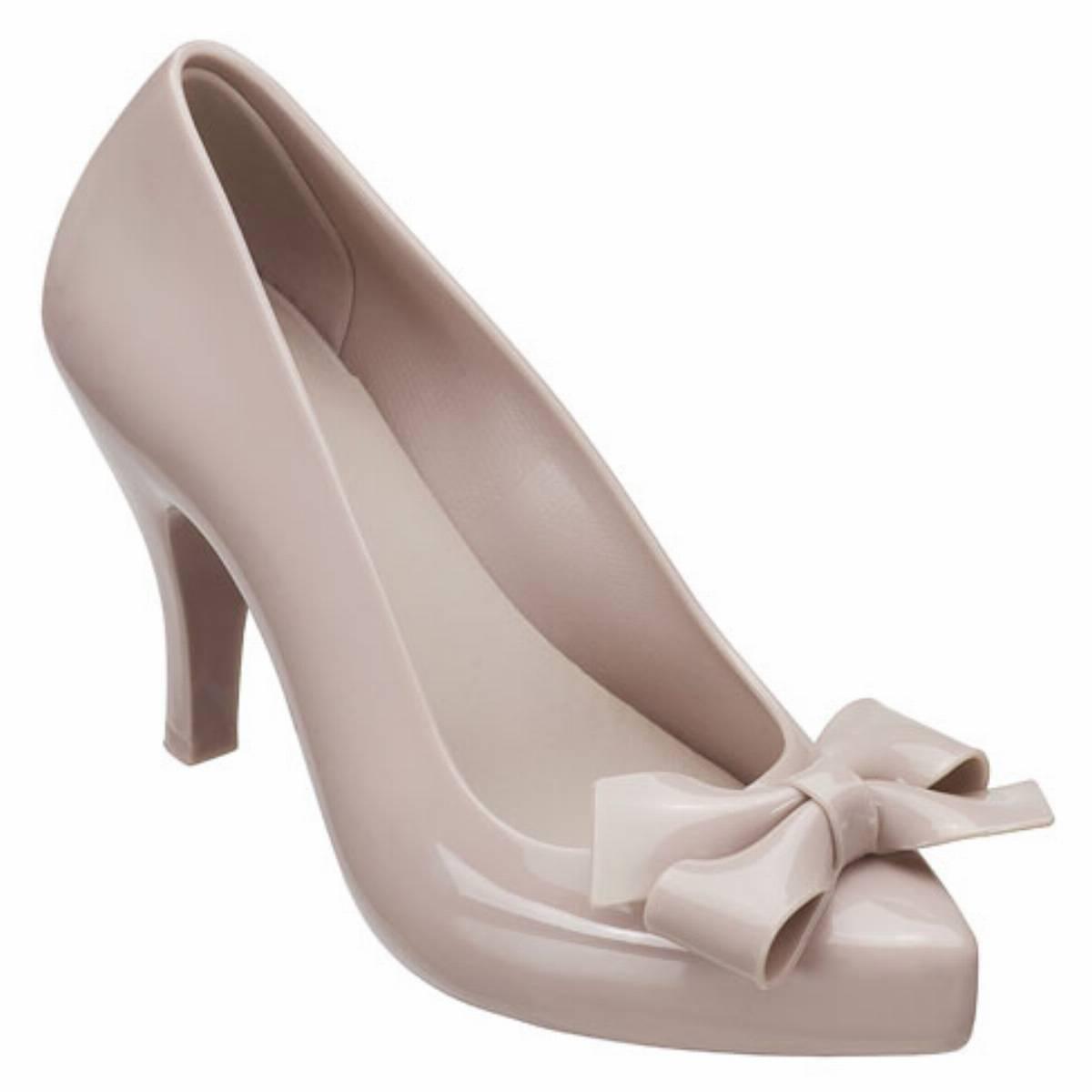 0d4afef89243f Pachnący świat butów Melissy - KobietaMag.pl
