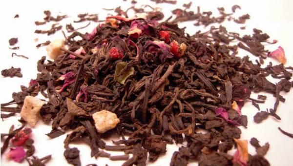 Wiosenny wieczór z letnim akcentem – czerwona herbata Pu-ehr