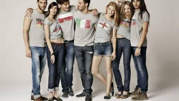 Drużyna Big Star  w  koszulkach z limitowanej kolekcji Euro 2012