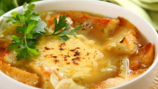 Apetyt na zupę! Kremowa zupa pomidorowa z aromatem cytrusów