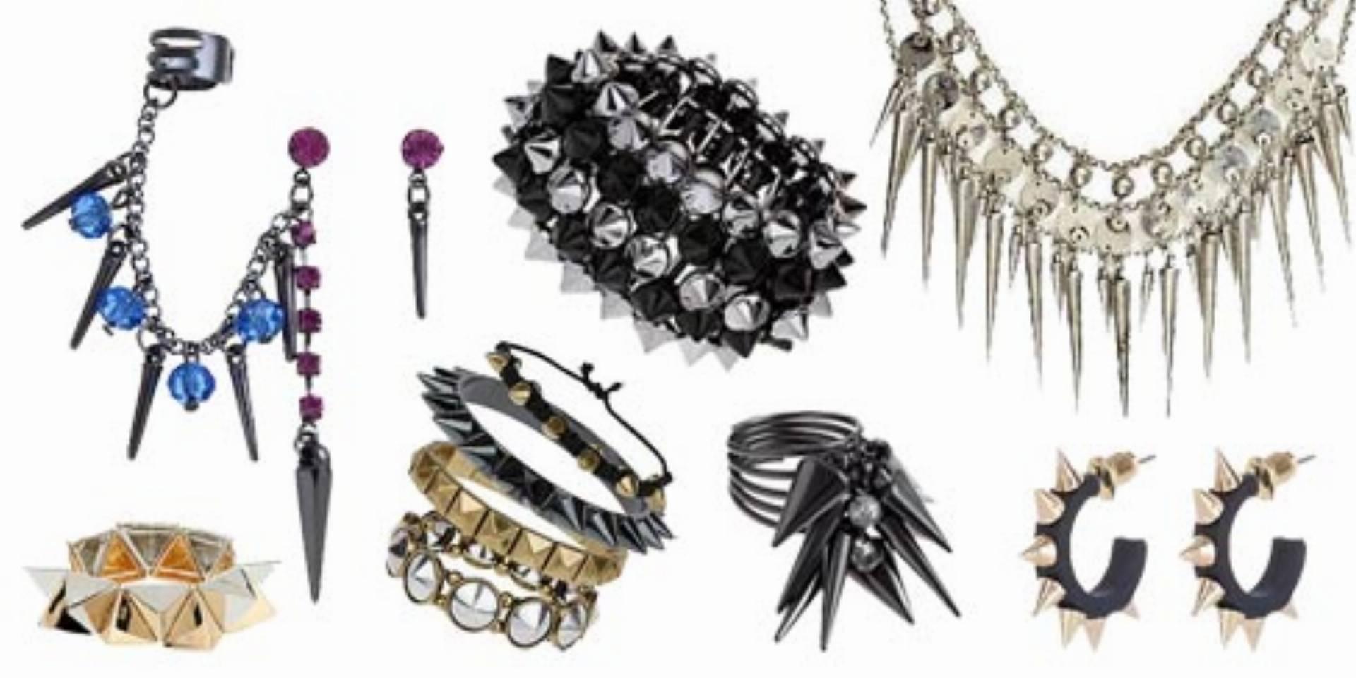 Biżuteria z kolcami i ćwiekami