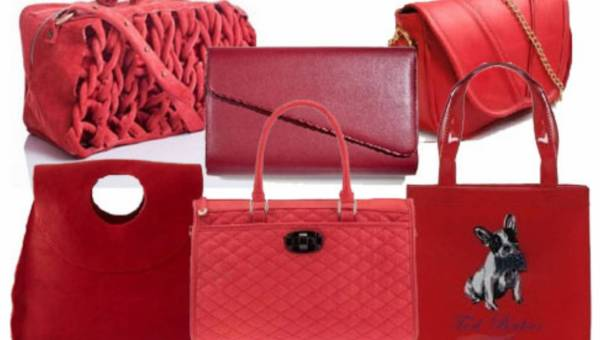 Przegląd torebek w kolorze czerwieni