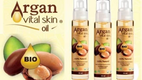 Tajemnica urody kobiet marokańskiej pustyni – olej arganowy