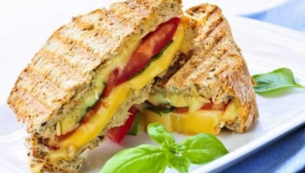 """Kwiecień miesiącem kanapki """" Grilled cheese """"!"""