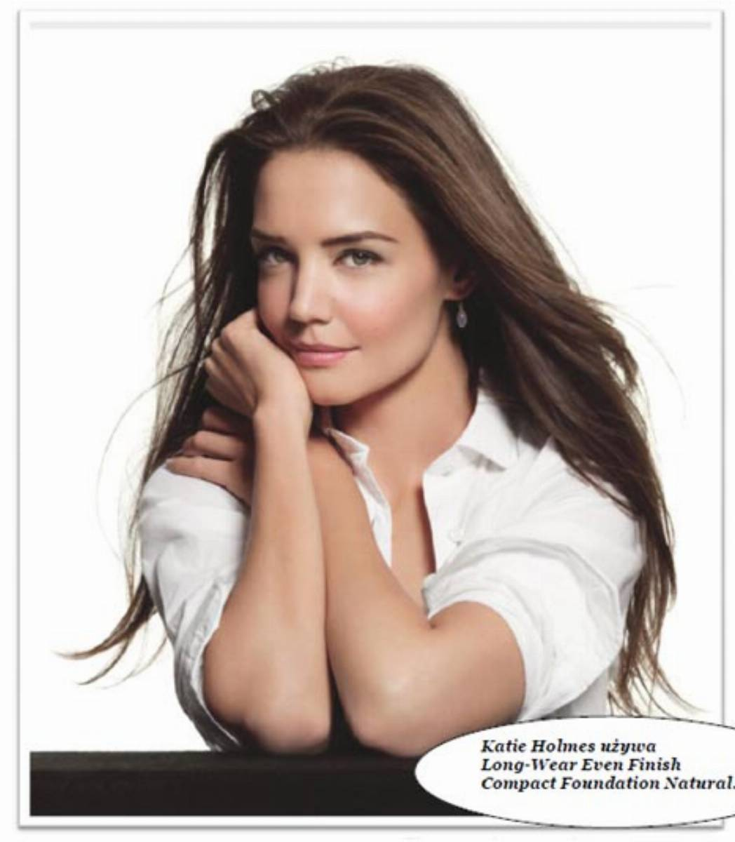 Katie Holmes Long-Wear Even Finish Compact Foundation