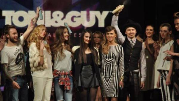 Pokaz fryzur Toni&Guy z udziałem blogerek w ramach WARSAW FASHION WEEKEND