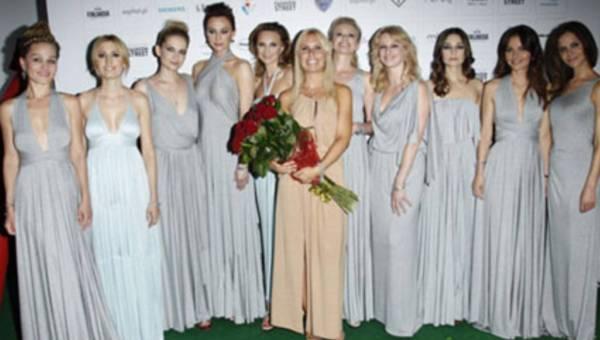 Gwiazdy na wybiegu u Natalii Jaroszewskiej podczas Warsaw Fashion Street
