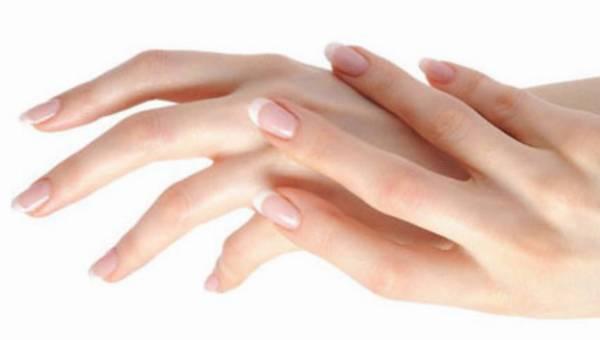 Zadbaj o dłonie – wybierz odpowiedni zabieg!