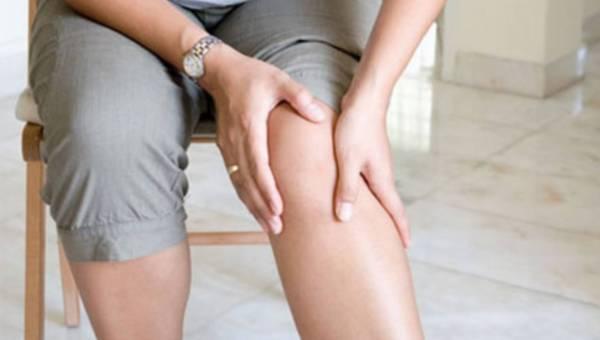 Uwaga na kolana: kiedy wybrać fizjoterapię a kiedy operację?