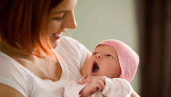 Po porodzie i w okresie laktacji – na co zwrócić uwagę i jak dbać o siebie w tym czasie