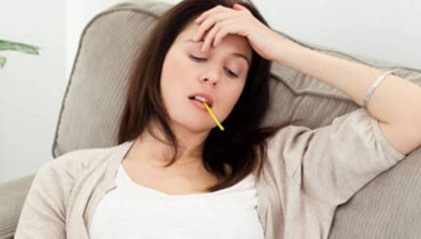 Przewodnik studenta: 5 porad jak nie dać się przeziębieniu i czerpać radość z jesiennej aury