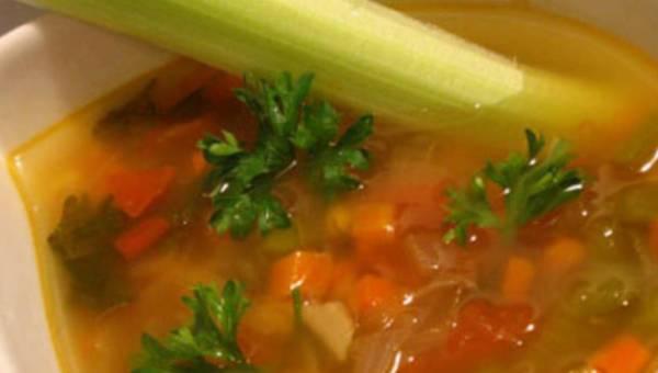 Rosół na chłodne dni – jak gotować aby był zdrowy, smaczny i pożywny?