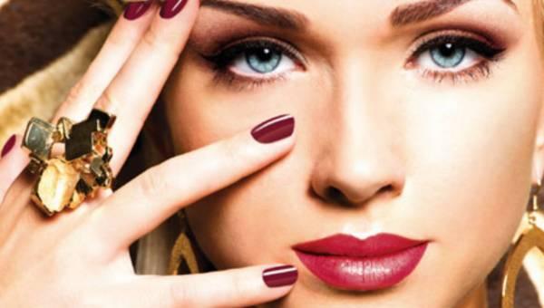 Look karnawałowy – pora na makijażowe eksperymenty!