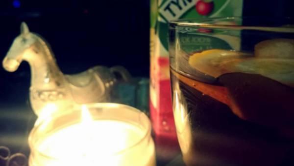 Grzaniec z soku jabłkowego – alternatywa dla kompotu z suszu