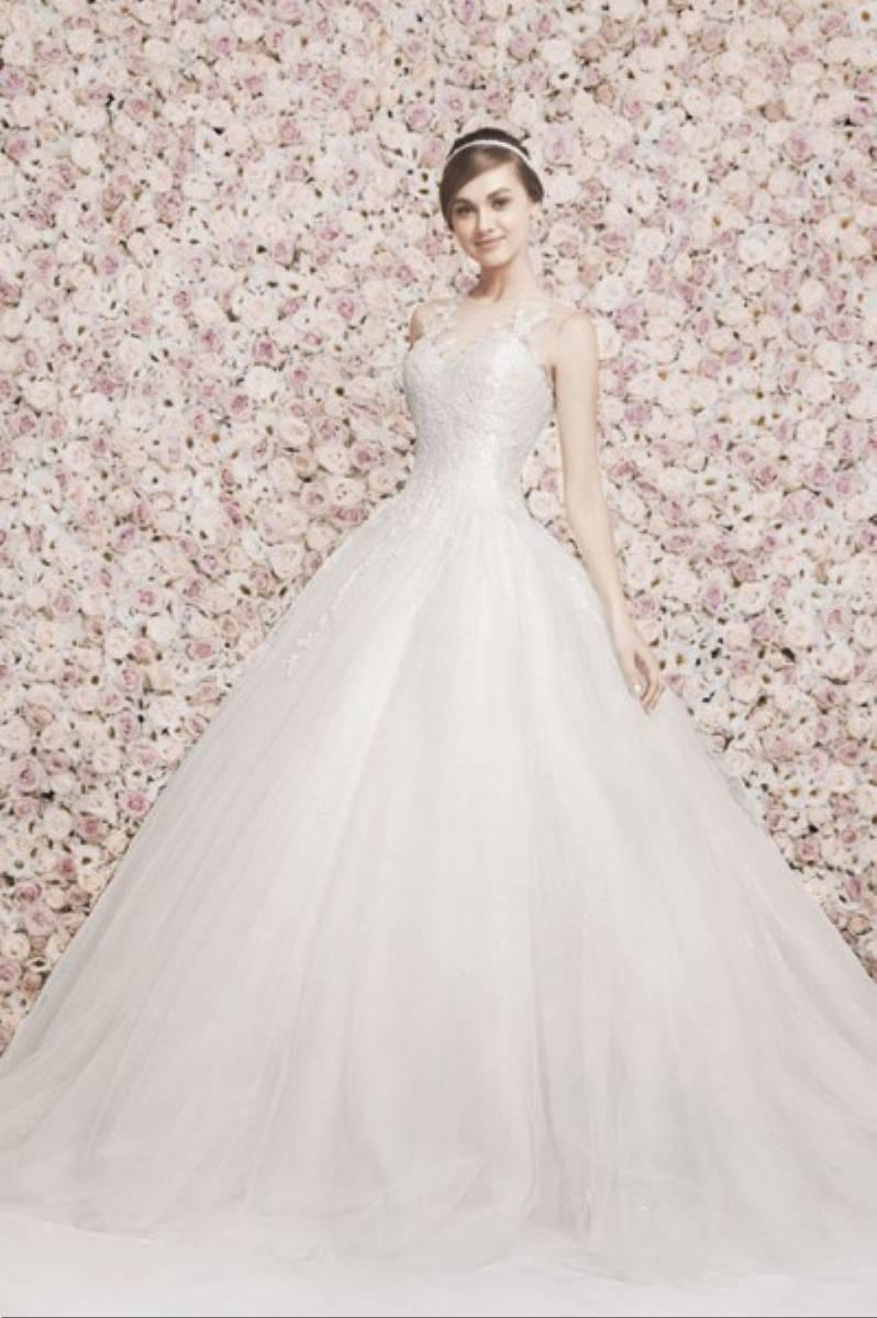 859c56458d Ślubne suknie w wydaniu romantycznym od Georgesa Hobeika-kolekcja ...