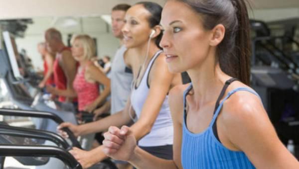 Porady fitness: o problemach z motywacją oraz niezdrowym trybie życia