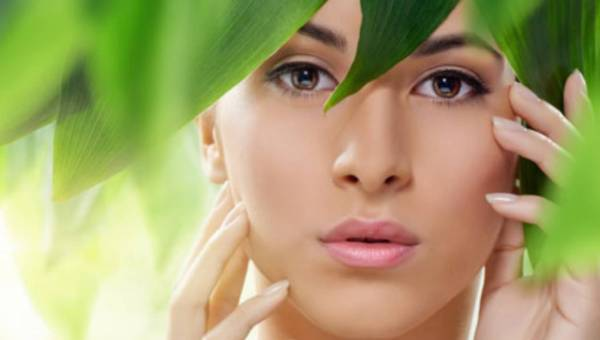 Co warto wiedzieć o kosmetykach naturalnych?