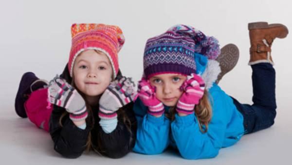 Na sanki z małym dzieckiem – o czym nie zapomnieć