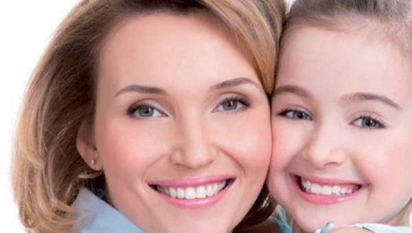 Look od Eveline Cosmetics: Piękna Mama – nie tylko na Dzień Matki!