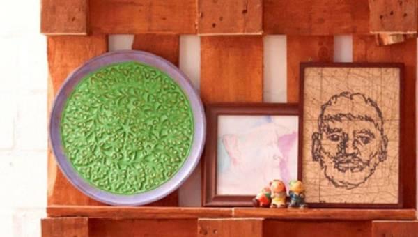 DIY: Ulubione rzeczy na pierwszym planie – designerska półka z palety