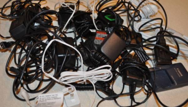 Te adaptery i ładowarki stanowią zagrożenie dla zdrowia!