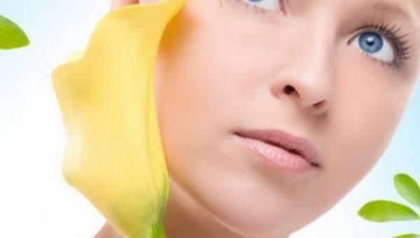Promienna twarz na wiosnę od Skincode