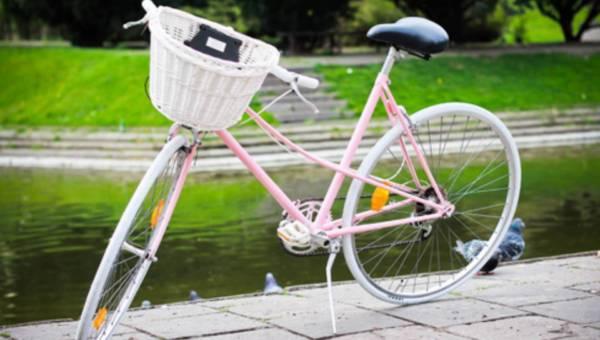 Nowy trend na ulicach –  stare rowery po renowacji
