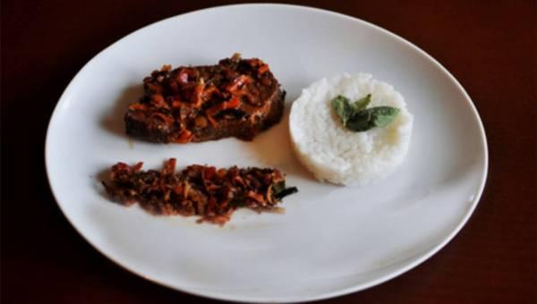 Schab zapiekany w warzywach z ryżem białym długoziarnistym