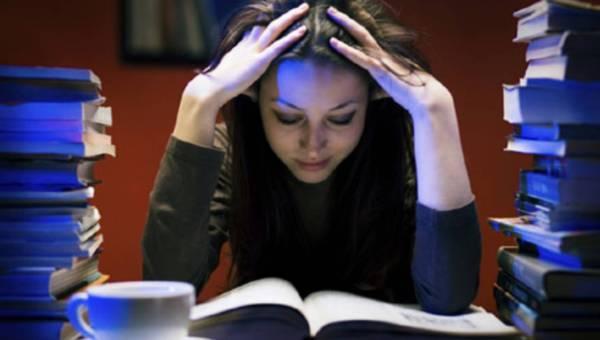 Jak się odżywiać w czasie egzaminów i sesji, by osiągnąć jak najlepszy efekt?