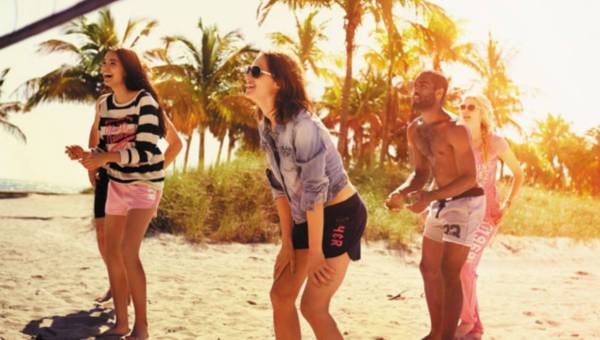 Tropical Surf – nowa kolekcja marki New Look