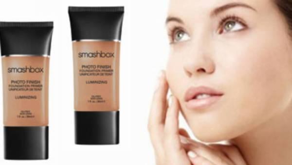 Nowość: Rozświetlająca baza pod makijaż – Photo Finish Luminizing Primer – promienna skóra na lato!
