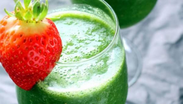 Owocowo-warzywna rewolucja – 5 koktajli, którym się nie oprzesz!
