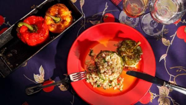 Przepis na: Papryka nadziewana mięsem i makaronem