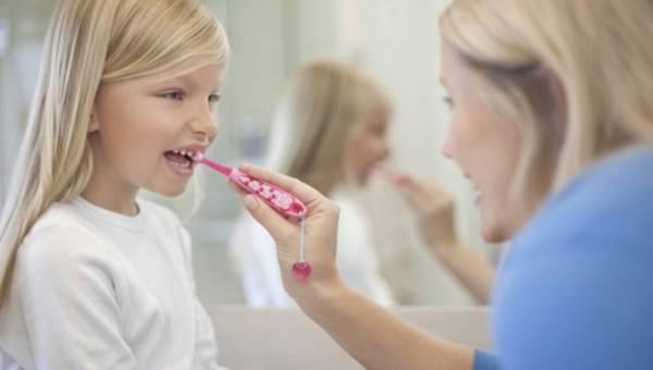 Co robić, aby dziecko chciało myć zęby?