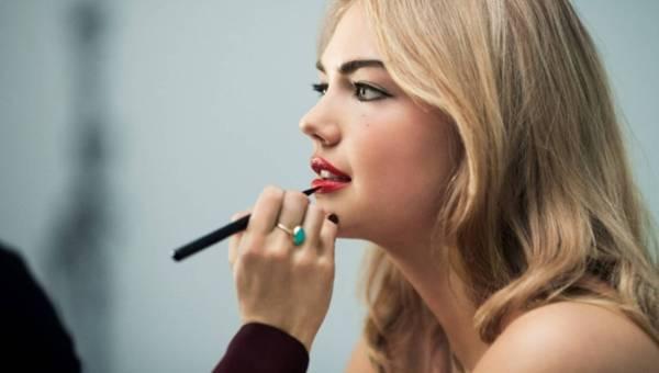 Wywiad z Kate Upton – ambasadorką kosmetyków marki Bobbi Brown