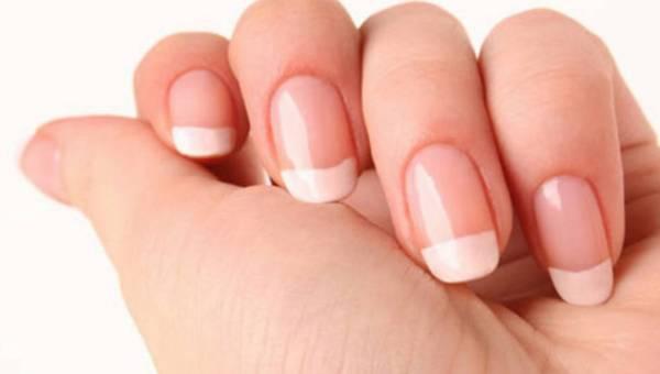 Uważaj na przebarwienia płytek paznokcia – to może być grzybica!