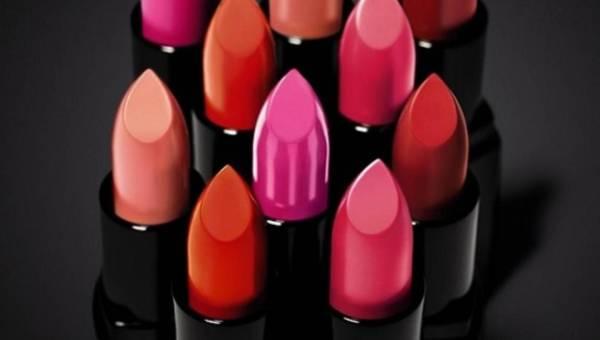 Mocne podkreślone usta z Rich Lip Color od Bobbi Brown