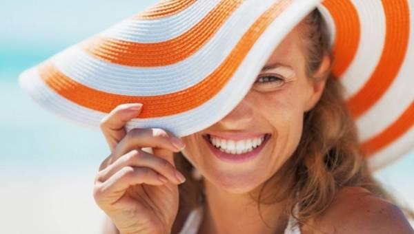 Dr U. Brumer- lek. med. estetycznej podpowiada: Zabiegi regenerujące po lecie dla włosów, ciała i twarzy