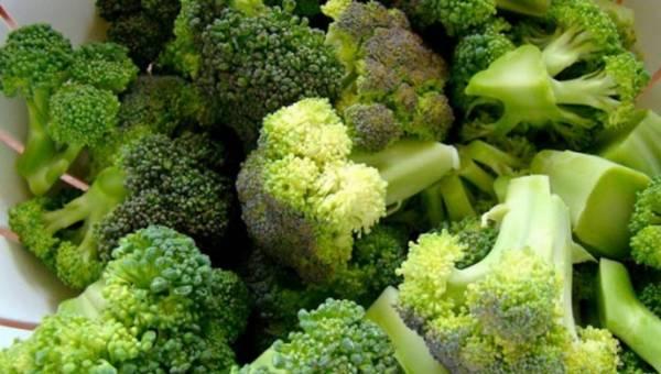 Co jeść w ciąży? Pamiętaj o brokułach!