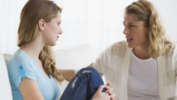 Eksperci radzą rodzicom: jak rozmawiać o seksie i antykoncepcji z dzieckiem