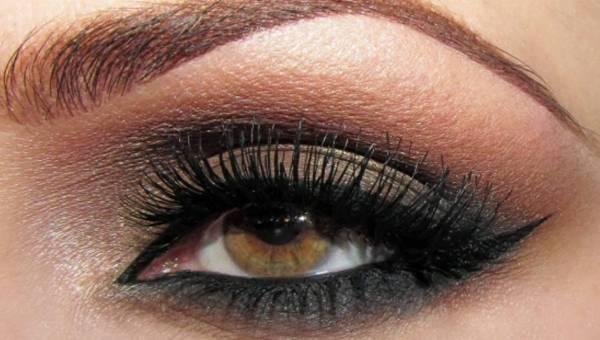 Smokey Eyes z Ideal Eyes INGRID – zawsze modny makijaż!