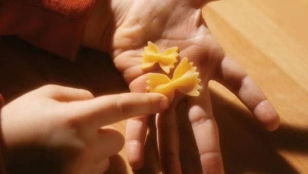 Co zrobić z Tadkiem-Niejadkiem? Chytre pomysły na nakarmienie malucha