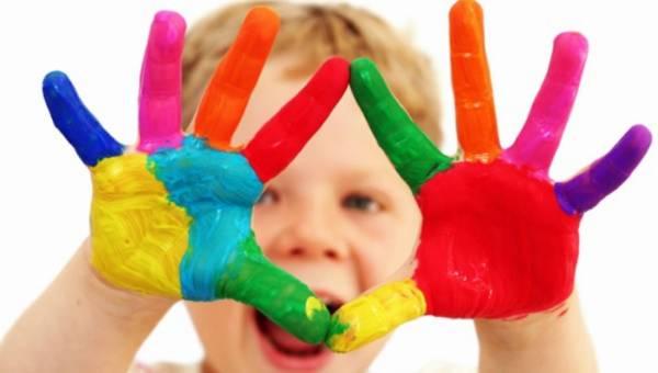 Kreatywne zabawy z dziećmi na jesienne dni