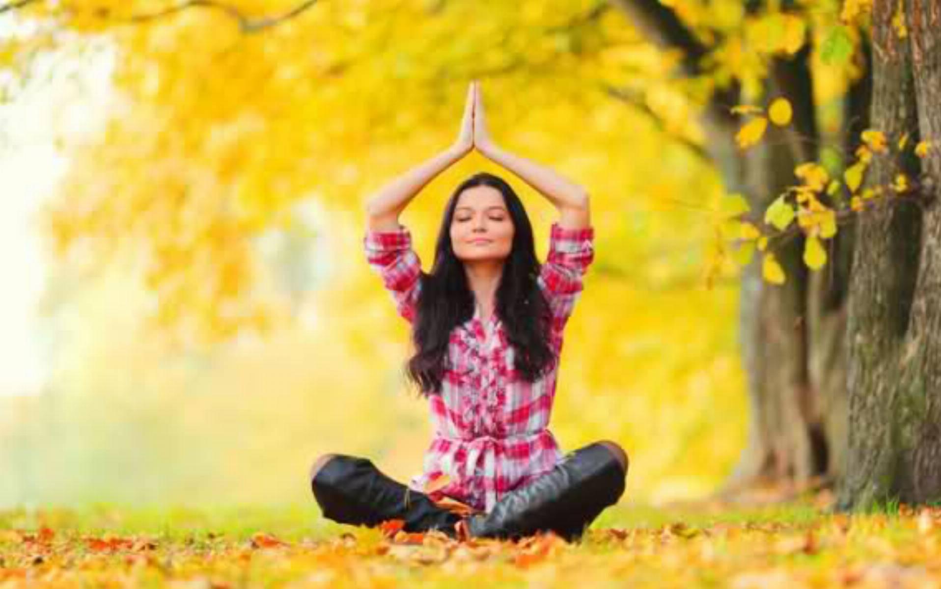 jak-cwiczyc-joge-jesien