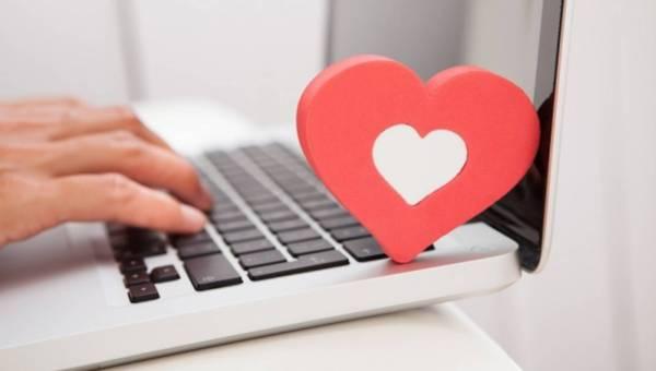 Jak stworzyć dobry profil randkowy? Przestrzegaj się podstawowych błędów!
