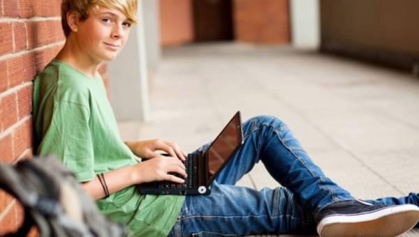Jak chronić i kontrolować, co Twoje dziecko publikuje w sieci?